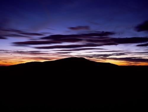 mountain-727449_1280